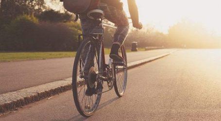 ركوب الدراجات يرفع المناعة وينقص الوزن ويحمي من الزهايمر