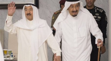 الملك سلمان يطمئن على صحة أمير الكويت