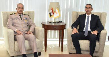 وزير الدفاع يعود إلى أرض الوطن بعد زيارته الرسمية لجمهورية قبرص