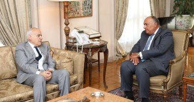 شكرى يؤكد ضرورة استعادة دور مؤسسات الدولة الليبية للمساهمة فى محاربة الإرهاب