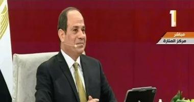 السيسي: المدرسة والمسجد والكنيسة والإعلام والأسرة أساس بناء الشخصية المصرية