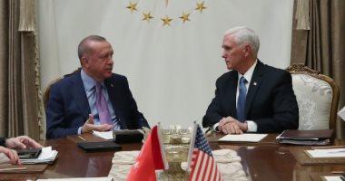 بنس: ترامب وافق على سحب العقوبات الاقتصادية على تركيا بعد تنفيذ الاتفاق