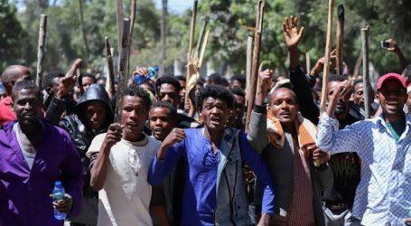 """مقتل 16 إثيوبيا في تظاهرات مناهضة لـ""""آبي أحمد"""""""
