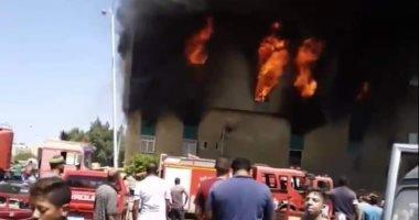الدفع بـ10 سيارات إطفاء للسيطرة على حريق بـ5 منازل بكوم أشفين فى قليوب