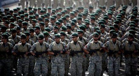 إيران تجري تدريبات عسكرية مفاجئة بالقرب من الحدود التركية