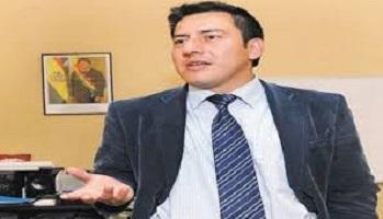 وزير دفاع بوليفيا يعلن استقالته من منصبه