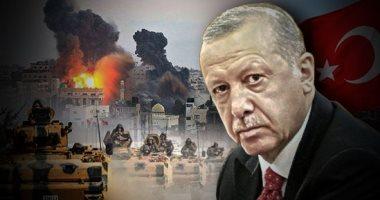 فيديو.. السوريون يرشقون مدرعات الاحتلال التركى بالحجارة أثناء دورية حدودية