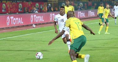 جنوب أفريقيا تتصدر المجموعة الثانية بفوز صعب على كوت ديفوار