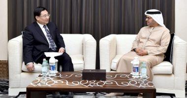 وزير الخارجية الإماراتى يلتقى مسؤولا حزبيا صينيا