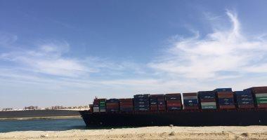 صور.. صافرات السفن تدوى احتفالاً بمرور 150 عامًا على افتتاح قناة السويس