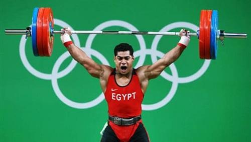 محمد إيهاب لاعب المنتخب الوطني لرفع الأثقال