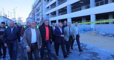 وزير النقل يتابع إنشاء وصلة حرة تربط ميناء الإسكندرية بالطريق الدولي الساحلي