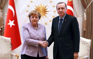رويترز: ألمانيا تعتزم عقد قمة بشأن ليبيا في برلين يوم 19 يناير