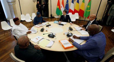 """حول انعقاد قمة مشتركة لدول مجموعة الساحل الأفريقي الـ (5) بناءً على دعوة من الرئيس الفرنسي """" ماكرون """" لتعزيز شرعية وجود القوات الفرنسية في تلك الدول"""