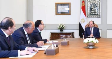 السيسى يناقش مع وزير الدفاع ورئيس المخابرات تدابير مكافحة الإرهاب وملف سد النهضة