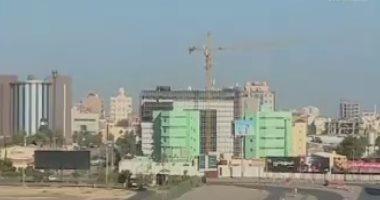 جنود من الدعم السريع يسيطرون على شارع أفريقيا قرب مطار الخرطوم بالسودان