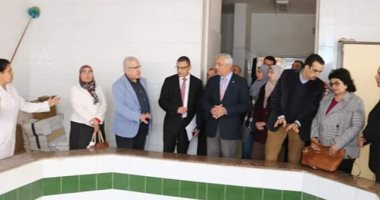 رئيس جامعة المنوفية يتابع أعمال تطوير مبنى مستشفى الطوارئ