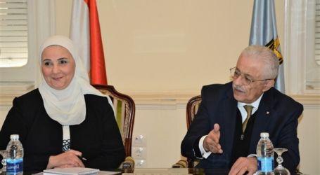 وزير التعليم يلتقي وزيرة التضامن