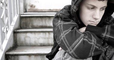 كثرة الجلوس يرفع خطر الإصابة بالاكتئاب لدى المراهقين