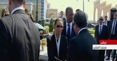 شاهد.. حزن سوزان مبارك أثناء تشييع جنازة الرئيس الأسبق