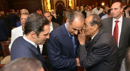لماذا غاب وزير دفاع مبارك عن تشييع جثمان الرئيس الأسبق؟