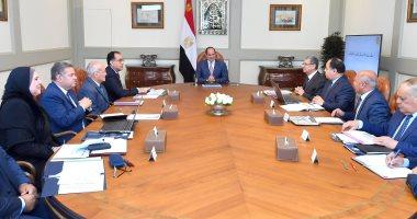 السيسي يتابع الاستراتيجية القومية لتوطين صناعة وسائل النقل ومكوناتها بمصر