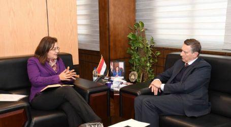 وزيرة التخطيط تبحث مع السفير الألماني بالقاهرة سبل التعاون