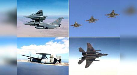 """القوات الجوية المصرية والفرنسية تنفذان تدريبا عابرا بمشاركة """"شارل ديجول"""""""