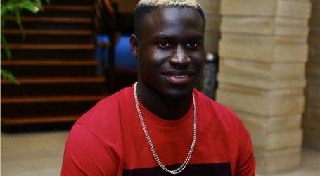 السنغالي أليو بادجى يوجه رسالة لمتابعيه لمواجهة كورونا