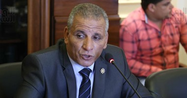 النائب عبدالفتاح محمد : البرلمان يسعي لزيادة العلاوة الدورية هذا العام