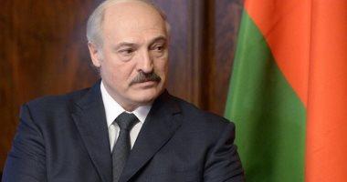 """اشرب فودكا وانزل الشغل.. رئيس بيلاروسيا يسخر من كورونا """"اعرف قال إيه"""""""