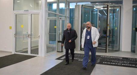 """إعلان إصابة كبير أطباء مكافحة فيروس كورونا بروسيا بعد لقاءه """"بوتين"""" بأسبوع"""