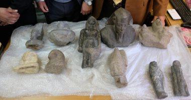 الجمارك تضبط 16 طرد يحتوى على مجموعة من القطع الأثرية قبل تهريبها للخارج