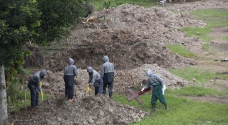 """بالفيديو..تحويل جزيرة إلى مقبرة جماعية لضحايا """"كورونا"""" بالقرب من نيويورك"""