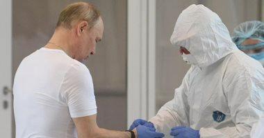الكرملين: بوتين سيستمر بالعمل عن بعد لمدة لا تقل عن أسبوع وسط انتشار كورونا