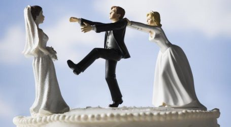 10 أسباب لخيانة الرجل في العلاقات الزوجية .. هل هي مبررات وهمية؟