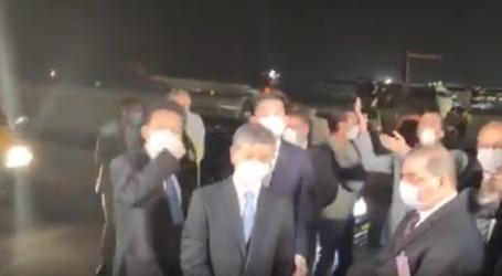 بالفيديو .. وصول شحنة من الإمدادات الطبية والوقائية من جمهورية الصين الشعبية إلى مطار القاهرة