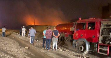 السيطرة على حريق مصنع الأسفنج بالعبور وانهياره بالكامل وبدء أعمال التبريد
