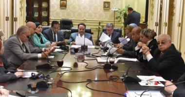 لجنة القوى العاملة بالبرلمان تطالب حسم قانون المقابل النقدى للإجازات