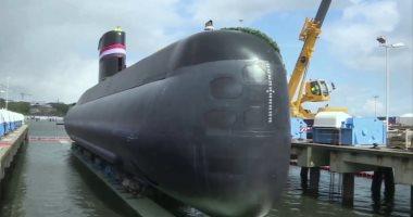 وصول الغواصة إس 43 إلى قاعدة الإسكندرية..فيديو