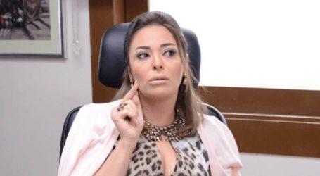 """داليا البحيري تعتدي بالضرب على عاملة برنامج """"خلي بالك من فيفي"""""""