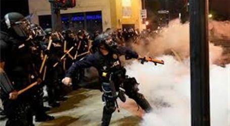 """""""العفو الدولية"""" تهاجم الشرطة الأمريكية لاستخدام """"العنف المفرط"""" ضد المتظاهرين"""