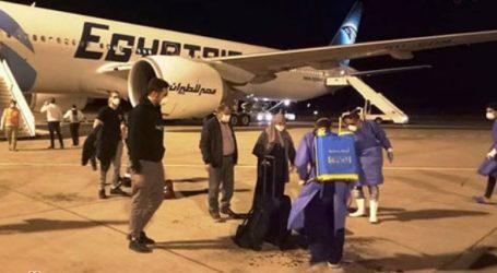 وصول 233 من المصريين العالقين في إنجلترا إلى مطار مرسى علم