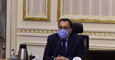 رئيس الوزراء يوجه بإعداد قائمة بالمشروعات التي يمكن للدولة أن تنفذها بشرم الشيخ