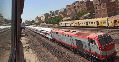 السكة الحديد تنقل أول دفعة عربات روسية جديدة لورش القاهرة استعدادا لتشغيلها