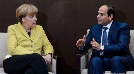 """ميركل خلال مكالمة هاتفية مع الرئيس """" السيسي """"  نرحب بإعلان القاهرة ، ونثمن جهود مصر لحل الأزمة"""