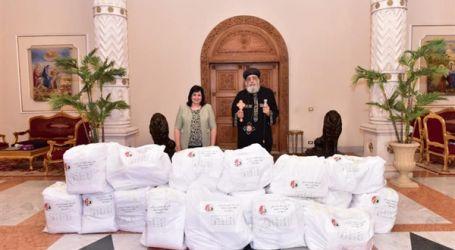 الكنيسة الأرثوذكسية تقدم ملابس واقية للأطقم الطبية المعالجة لكورونا