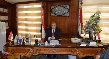رئيس النيابة الإدارية يقدم التهنئة للرئيس السيسي بمناسبة ذكرى 30 يونيو