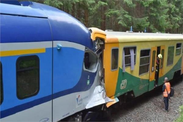 تصادم قطارين في التشيك