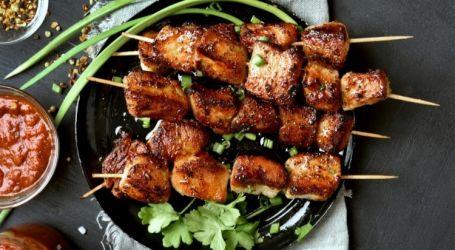 تتبيلة اللحم المشوي على الفحم بالزبادي لعيد الأضحى